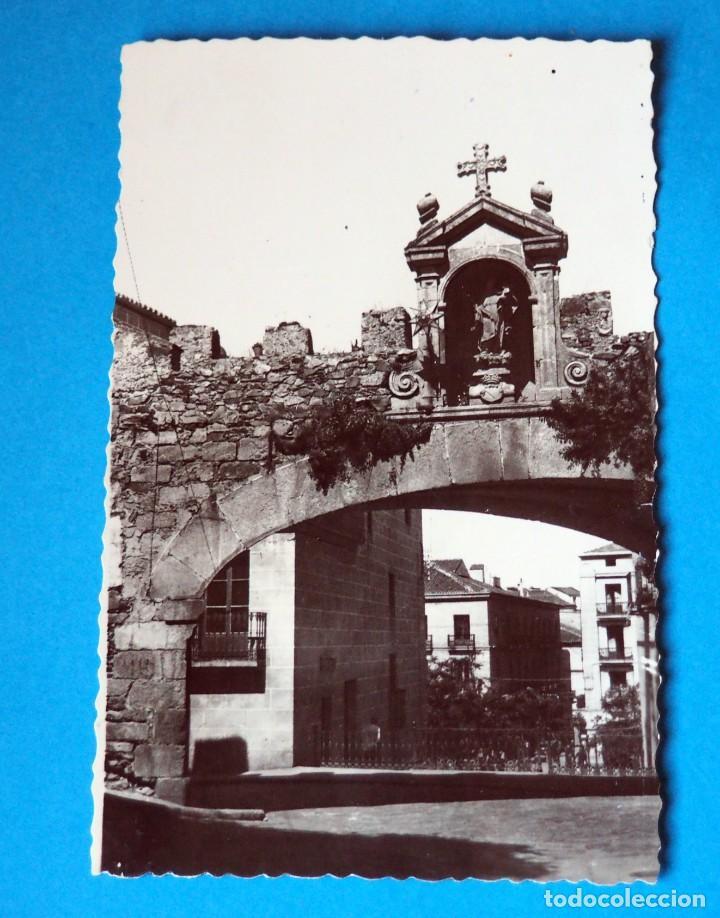 POSTAL DE CACERES: ARCO DE LA ESTRELLA (Postales - España - Extremadura Moderna (desde 1940))