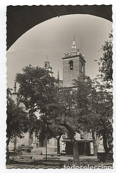 X122857 EXTREMADURA BADAJOZ VEGAS ALTAS DON BENITO PLAZA DE ESPANA (Postales - España - Extremadura Antigua (hasta 1939))