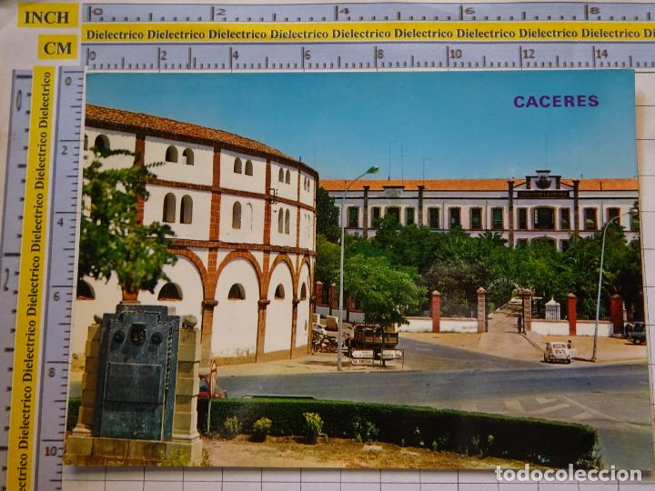 POSTAL DE CÁCERES. AÑO 1972. AVENIDA LAS DELICIAS Y CUARTEL DEL CID Nº 2. PLAZA TOROS 857 PARIS 1847 (Postales - España - Extremadura Moderna (desde 1940))