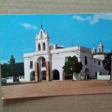 Cartes Postales: POSTAL BURGUILLOS DEL CERRO BADAJOZ . FACHADA Y PUERTA PRINCIPAL DE LA ERMITA DEL SANTO CRISTO. Lote 196267475