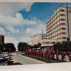 Cartes Postales: POSTAL BADAJOZ AVENIDA DE COLON EDI. ARRIBAS. SIN USO.. Lote 198849938
