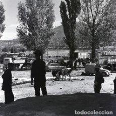 Postales: NEGATIVO ESPAÑA CÁCERES PLASENCIA FERIA GANADO 1970 KODAK 55MM GRAN FORMATO CITROËN. Lote 199805553