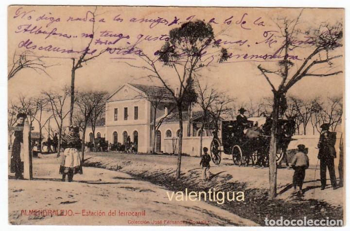 ÚNICA POSTAL ESTACIÓN DEL FERROCARRIL ALMENDRALEJO BADAJOZ COL JOSÉ FERNANDEZ GONZALEZ HACIA 1900 PT (Postales - España - Extremadura Antigua (hasta 1939))