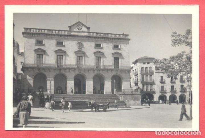 CACERES 5 EL AYUNTAMIENTO, EDICIONES GARCIA GARRABELLA,.LISA, S/C, VER FOTOS (Postales - España - Extremadura Moderna (desde 1940))