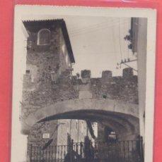 Postales: CACERES ARCO DE LA ESTRELLA. PARTE ANTERIOR SIGLO XVIII, SIN EDITOR, TIULOS EN VERTICAL REVERSO. Lote 223744911