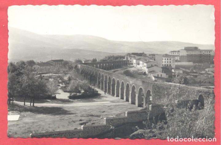 PLASENCIA (CACERES) 111 ACUEDUCTO Y JARDINES, ED. LIBRERIA CERVANTES, CIRCULADA 1960 .VER FOTOS (Postales - España - Extremadura Moderna (desde 1940))