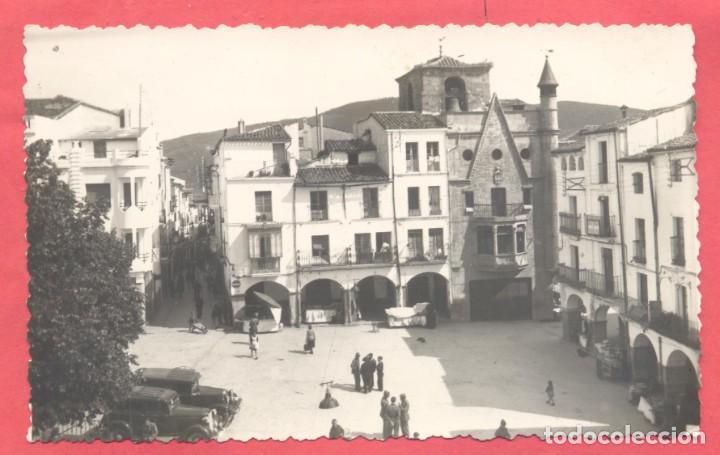 PLASENCIA (CACERES) 6 PLAZA DE ESPAÑA. VISTA PARCIAL, EDC. CERVANTES, S/C (Postales - España - Extremadura Moderna (desde 1940))