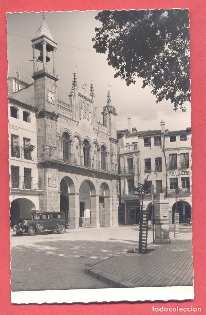 PLASENCIA (CACERES) 6 PLAZA DE ESPAÑA Y AYUNTAMIENTO, EDICIONES GARCIA GARRABELLA, S/C, VER FOTOS (Postales - España - Extremadura Moderna (desde 1940))