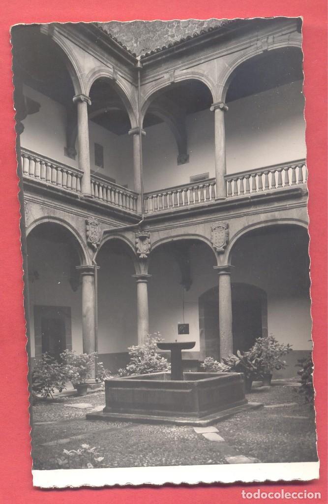 PLASENCIA (CACERES) 8 PATIO DEL PALACIO DEL MARQUES DE MIRABEL , EDICIONES GARCIA GARRABELLA, S/C, (Postales - España - Extremadura Moderna (desde 1940))