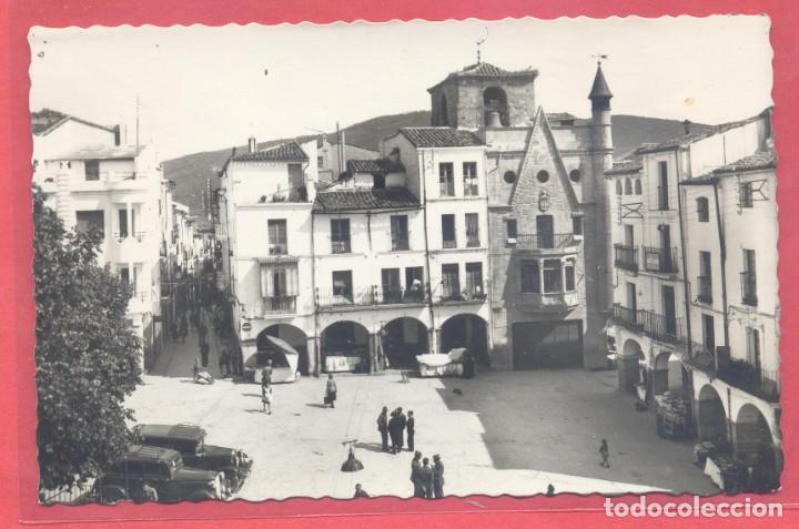 PLASENCIA (CACERES) 12 PLAZA DE ESPAÑA-VISTA PARCIAL, ED. ARRIBAS, S/C VER FOTOS (Postales - España - Extremadura Moderna (desde 1940))