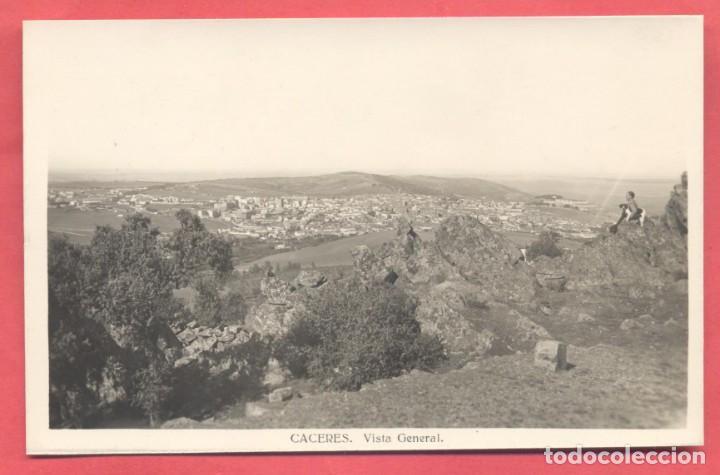 CACERES, VISTA GENERAL ,FOTOGRAFICA, SIN EDITOR, S/C VER FOTOS (Postales - España - Extremadura Antigua (hasta 1939))