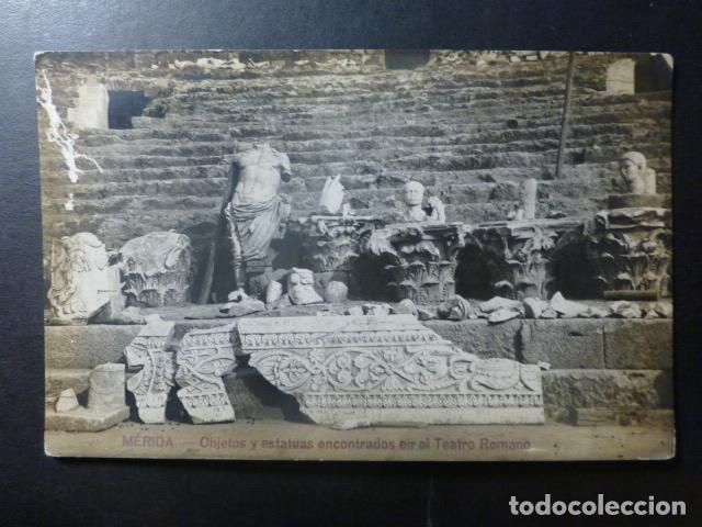 MERIDA BADAJOZ OBJETOS Y ESTATUAS ENCONTRADAS EN EL TEATRO ROMANO POSTAL FOTOGRAFICA (Postales - España - Extremadura Antigua (hasta 1939))