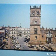 Postales: POSTAL - 6.- BADAJOZ - PLAZA DE ESPAÑA E IGLESIA CATEDRAL - GARCIA GARRABELLA. Lote 237571250