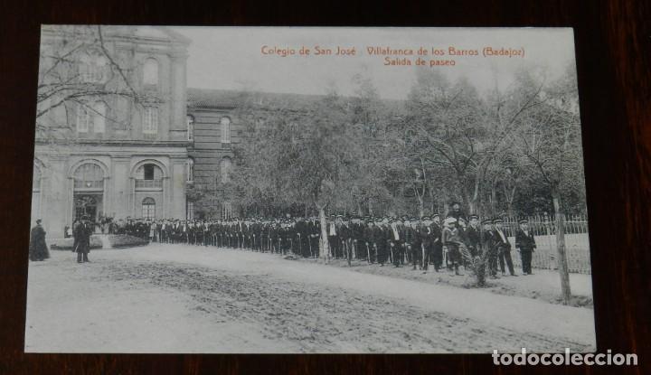 POSTAL DE VILLAFRANCA DE LOS BARROS, BADAJOZ, COLEGIO DE SAN JOSE, SALIDA DE PASEO, FOTO L. SAUS VA (Postales - España - Extremadura Antigua (hasta 1939))