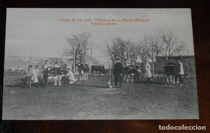 POSTAL DE VILLAFRANCA DE LOS BARROS, BADAJOZ, COLEGIO DE SAN JOSE, PRACTICA AGRICOLA, FOTO L. SAUS (Postales - España - Extremadura Antigua (hasta 1939))