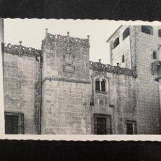 Cartoline: CÁCERES - PALACIO DE LOS GOLFINES DE ABAJO - Nº 45 ED. ARRIBAS. Lote 243364580