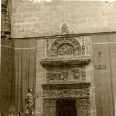Postales: POSTAL DE PLASENCIA (CÁCERES). CATEDRAL PUERTA DE LA SACRISTÍA- EDICION PEPE DIEZ. Lote 246275245
