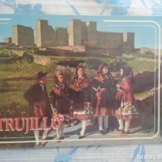 Postales: POSTAL TRUJILLO CACERES, EL CASTILLO Y GRUPO TIPICO. Lote 261218110