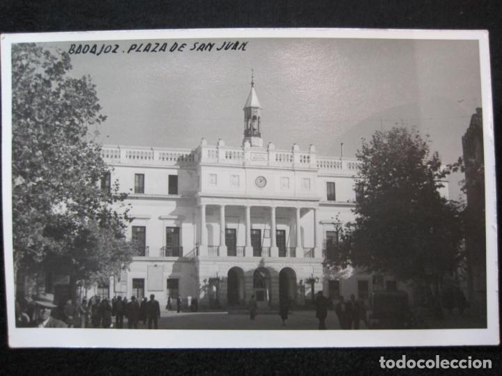 Postales: BADAJOZ-PLAZA DE SAN JUAN-FOTOGRAFICA-POSTAL ANTIGUA-(80.379) - Foto 2 - 262278655