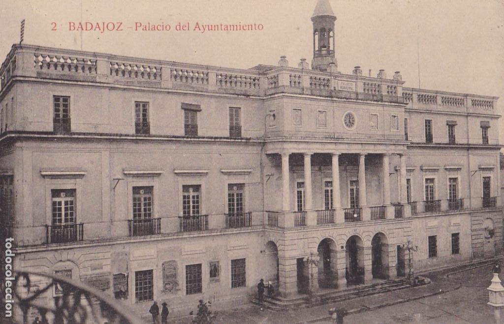BADAJOZ PALACIO DEL AYUNTAMIENTO. ED. LA LUZ. Nº 2. SIN CIRCULAR (Postales - España - Extremadura Antigua (hasta 1939))