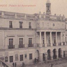 Postales: BADAJOZ PALACIO DEL AYUNTAMIENTO. ED. LA LUZ. Nº 2. SIN CIRCULAR. Lote 268428789