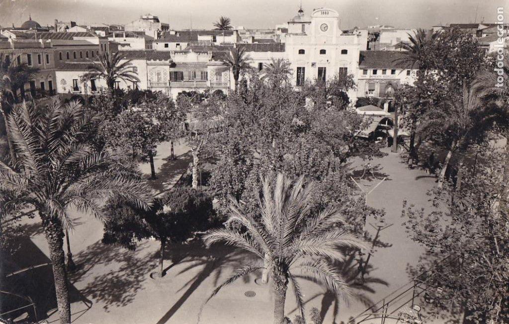 BADAJOZ MERIDA PLAZA ESPAÑA. ED. RODRIGUEZ Nº 31. CIRCULADA (Postales - España - Extremadura Antigua (hasta 1939))