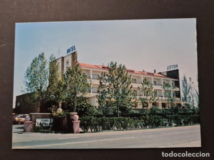 LOTE AB CACERES. POSTAL TRUJILLO HOTEL LAS CIGUEÑAS (Postales - España - Extremadura Moderna (desde 1940))
