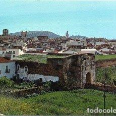 Cartoline: OLIVENZA - 5 PUERTA DEL CALVARIO Y VISTA PARCIAL. Lote 288640518