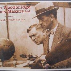 Coleccionismo deportivo: POSTAL NUEVA DE FOTO ANTIGUA PESANDO BALON DE FUTBOL ´ JOHN WOODBRIDGE & SONS MAKERS LTD ´. Lote 10217403