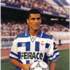 Coleccionismo deportivo: FOTO DE RIVALDO CON EL DEPORTIVO - GOLY. Lote 27428008