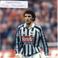 Coleccionismo deportivo: FOTO DE ARANZABAL CON LA R.SOCIEDAD - GOLY. Lote 23126715