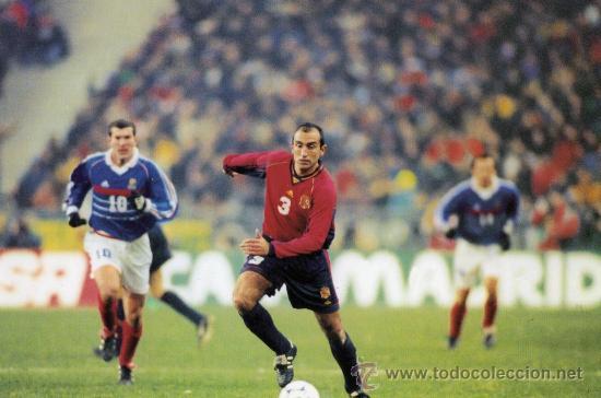 ABELARDO FERNÁNDEZ JUGADOR FÚTBOL FOTO TIPO POSTAL DORSO BLANCO NUEVA (Coleccionismo Deportivo - Postales de Deportes - Fútbol)