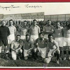 Coleccionismo deportivo: FOTO FUTBOL , SELECCION FRANCIA, EN ZARAGOZA, AÑOS 30 , ORIGINAL, 17 X 24 CMS.. Lote 27541890