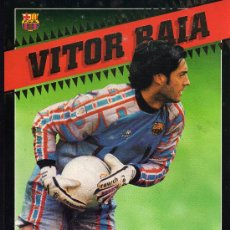 Coleccionismo deportivo: C.F. BARCELONA - VITOR BAIA - POSTAL GIGANTE - BARÇA 98 - SPORT - 30 X 21 CM.. Lote 29058817