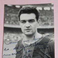 Coleccionismo deportivo: ANTIGUA FOTOGRAFIA DEL JUGADOR DEL FUTBOL VERGES CLUB BARCELONA, FOTO RAMON DIMAS, BARCELONA, TEMPOR. Lote 37843281