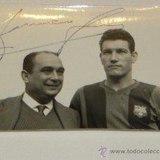 Coleccionismo deportivo: ANTIGUA FOTOGRAFIA DEL JUGADOR DEL FUTBOL CLUB BARCELONA, JOAN SEGARRA IRACHETA, CON DEDICATORIA Y F. Lote 37843563