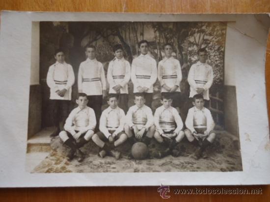 MAGNIFICA FOTOGRAFIA POSTAL EQUIPO DE FUTBOL AÑOS 20 O ANTERIOR, (Coleccionismo Deportivo - Postales de Deportes - Fútbol)
