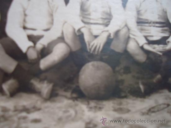 Coleccionismo deportivo: magnifica fotografia postal equipo de futbol años 20 o anterior, - Foto 2 - 38497388