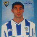 Coleccionismo deportivo: FOTO POSTAL DEL MÁLAGA CLUB DE FÚTBOL. TEMPORADA 2004 2005. UMBRO, 19 FERNANDO SANZ. 1646. . Lote 160958645