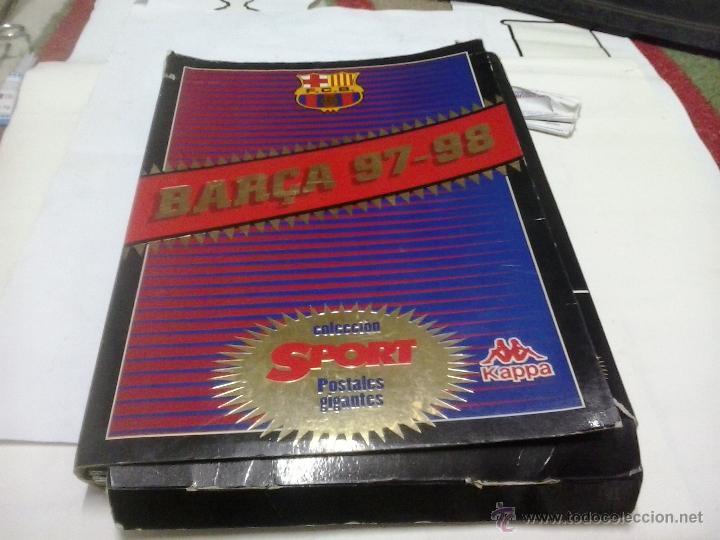 CARPETA CON MUCHAS POSTALES GIGANTES DEL BARCELONA - DEL SPORT Y DEL MUNDO DEPORTIVO (Coleccionismo Deportivo - Postales de Deportes - Fútbol)