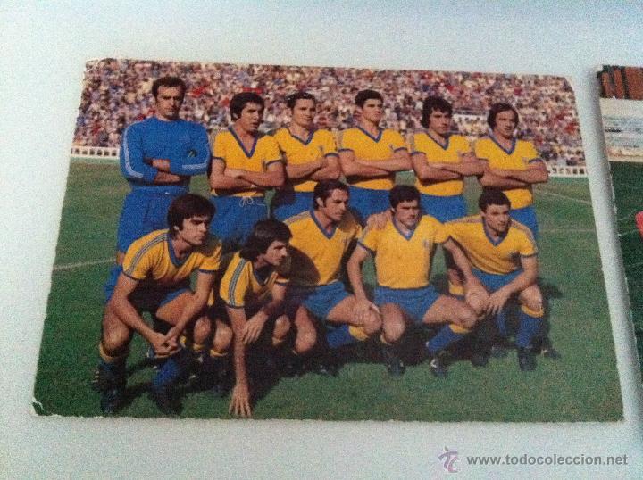 Coleccionismo deportivo: LOTE DE DOS POSTALES DEL CADIZ C.F. TEMPORADAS 76/77 Y 80/81. - Foto 3 - 41947935