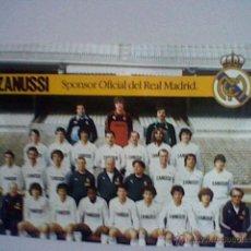 Coleccionismo deportivo: ALINEACION REAL MADRID TEMPORADA 82 83 LAMINA TAMAÑO POSTAL PUBLICIDAD ZANUSSI (B25). Lote 43241171