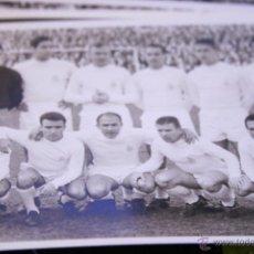 Coleccionismo deportivo: FOTO POSTAL REAL MADRID FUTBOL 60'S ORIGINAL. Lote 49075704