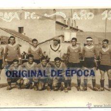 Coleccionismo deportivo: (F-097)FOTOGRAFIA DEL EQUIPO DE FUTBOL,TARRASA F.C.AÑO 1935, (13,5 X 8,5 CM.). Lote 50219147