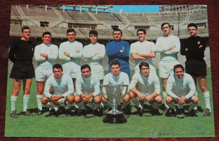 POSTAL PLANTILLA DEL REAL MADRID 1966 / 67, , SIN CIRCULAR (Coleccionismo Deportivo - Postales de Deportes - Fútbol)