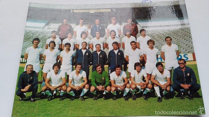 POSTAL DE REAL MADRID PLANTILLA 77 78 (Coleccionismo Deportivo - Postales de Deportes - Fútbol)