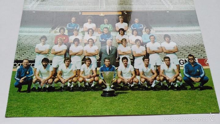 POSTAL DE REAL MADRID PLANTILLA 76 77 (Coleccionismo Deportivo - Postales de Deportes - Fútbol)