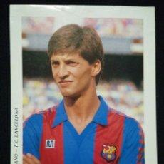 Coleccionismo deportivo: POSTAL AÑOS 90 FUTBOL CLUB FC BARCELONA F.C BARÇA CF JUGADOR URBANO. Lote 56391558