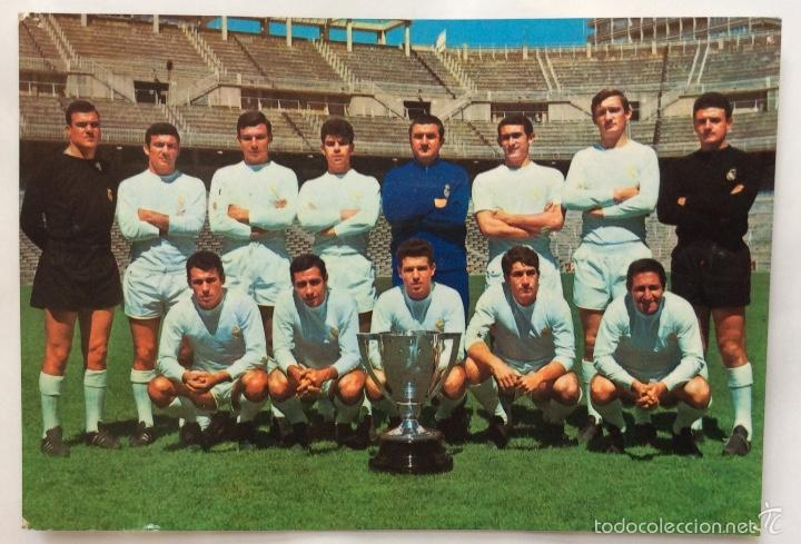 POSTAL. EQUIPO DE FÚTBOL REAL MADRID. CAMPEÓN DE LIGA 1966-67 . (Coleccionismo Deportivo - Postales de Deportes - Fútbol)