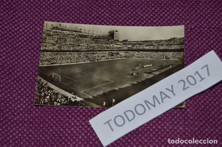 VINTAGE - POSTAL SIN CIRCULAR DEL SANTIAGO BERNABEU - BUEN ESTADO GENERAL - FINALES AÑOS 50 (Coleccionismo Deportivo - Postales de Deportes - Fútbol)